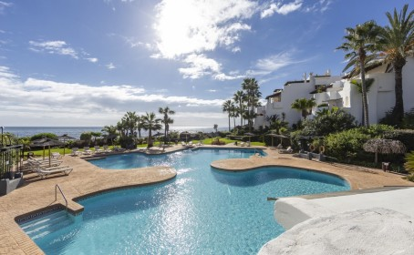 Apartment for sale in , Puerto Banús